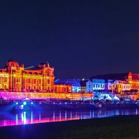 Dresden Terrassenufer Lichtshow fotografiert von Tigran Heinke
