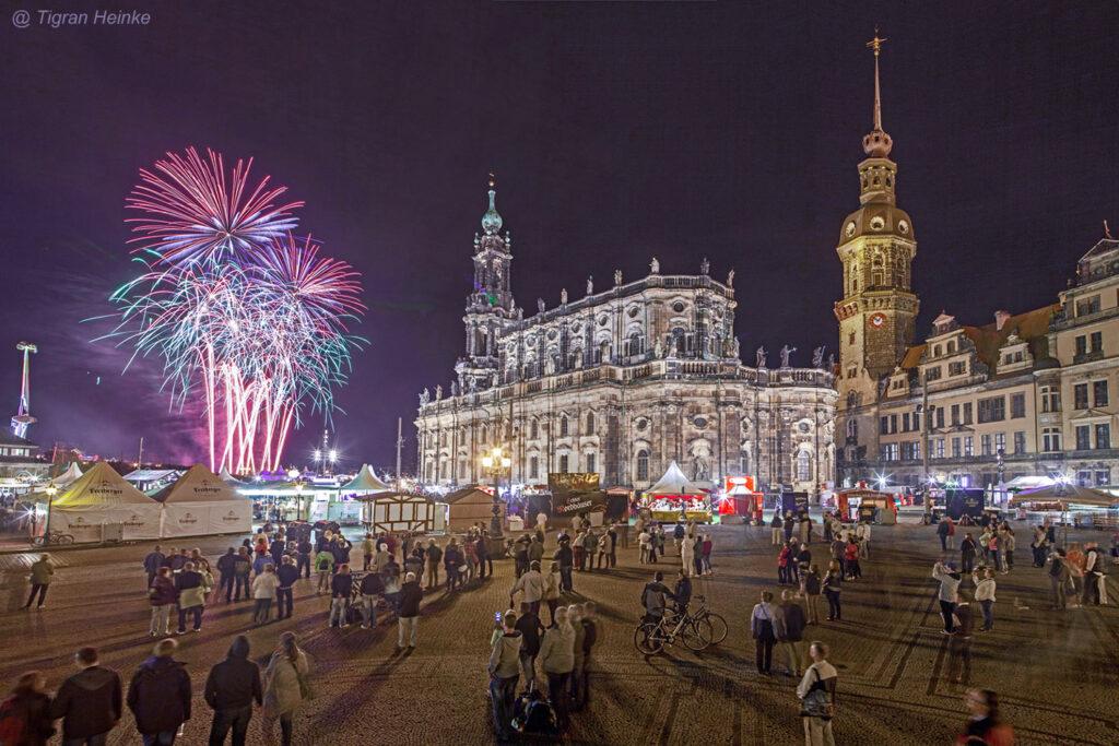 Feuerwerk Stadtfest Dresden © Tigran Heinke
